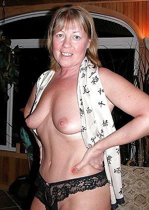 Nude mature girlfriend amateur porn