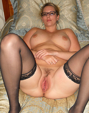 Pribate pics of old milf glasses porn