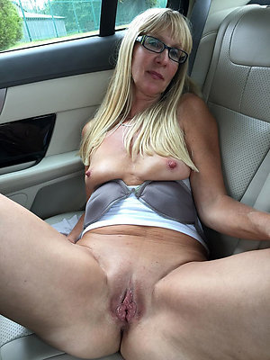 Best pics of mature slut wife with glasses
