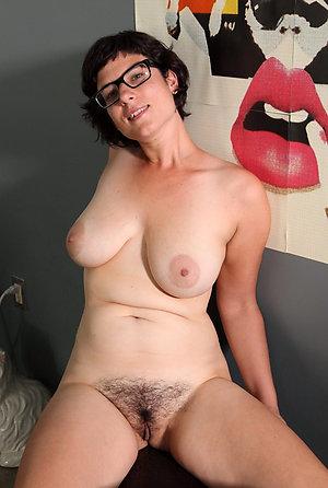 Xxx sexy mature ladies with glasses pics