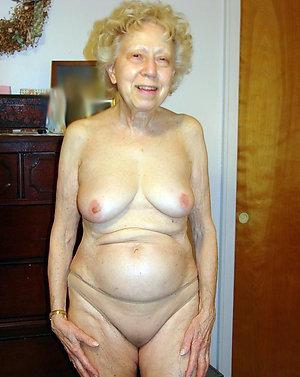 Xxx private big booty grannies pics