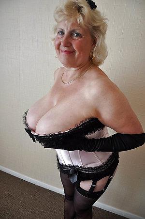 Nude sexy old ladies pics