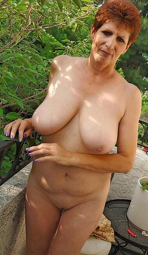 Naked granny milf amateur pics
