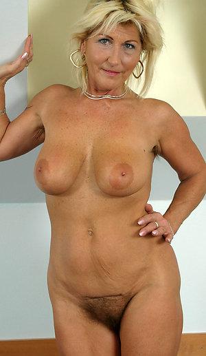 Gorgeous horny granny milf