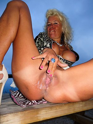 Pretty old mature pussy pictrues