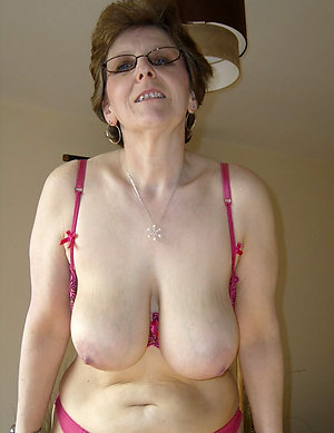 Naked old mature xxx pictures
