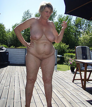 Real hot old lady porn pics