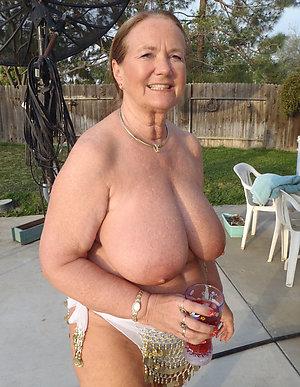 Pretty hot old lady porn xxx