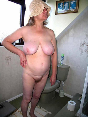 Free picture of amateur old lady