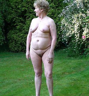 Nude amateur hot old granny photo