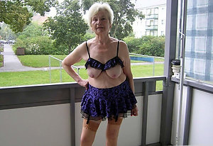 Amateur pics of big boob granny
