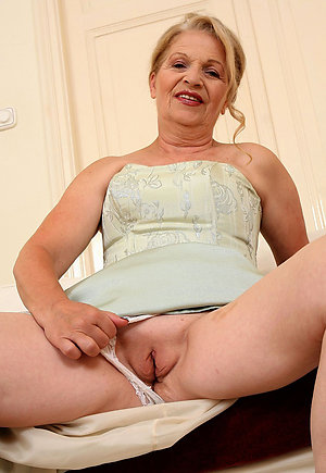 Naughty amateur old granny pics