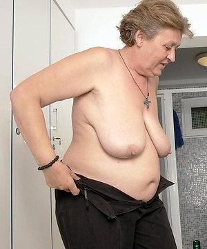 Naked granny masterbating photos