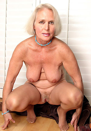 Naked sexy mature grannies photo