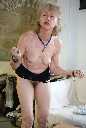 Private mature granny pictures