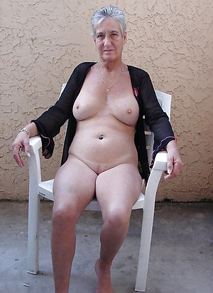 Homemade private pics of old mature grannies