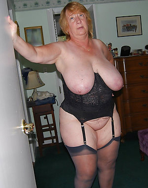 Lovely busty grannies photos
