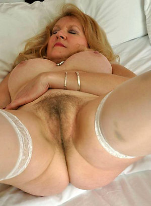 Hairy older women pussy homemade pics