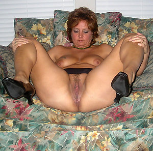 Private pics of mature stockings and heels