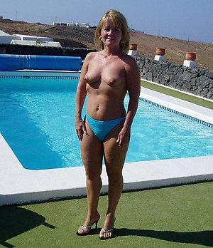 Homemade amateur nude mature heel pics