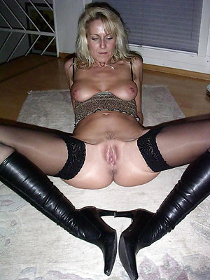 Horny mature in stockings and heels