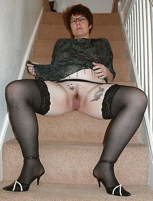 Bombshells mature sluts in heels pics