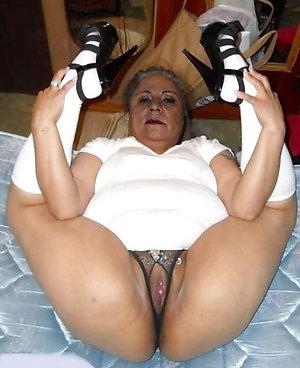 Sweet sexy women in high heels pics