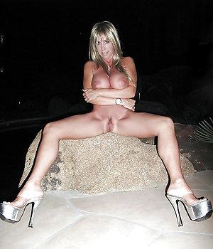 Xxx hot old women in heels sex photo
