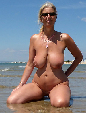 Real homemade pics of naked mature bitches