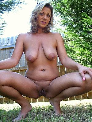 Favorite hot mature girls sex photos