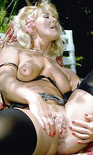 Busty lusty Vanessa mature wife orgasm