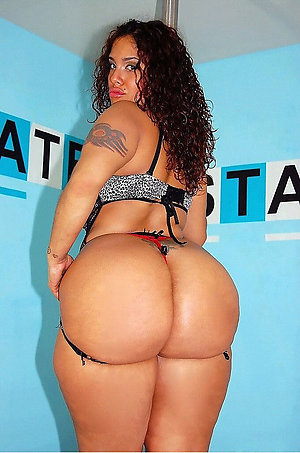 Bombshells big booty mature latina women