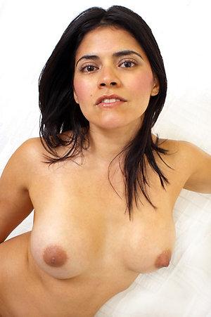 Naughty mature latina pussy