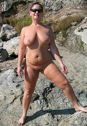 Sexy amateur mature thick legs