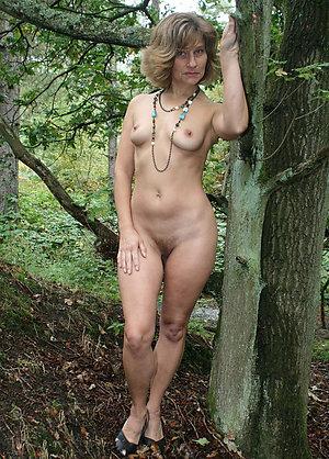 Free best wifes hot legs amateur pics