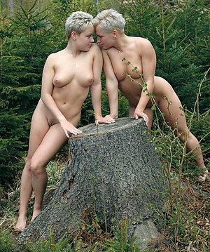 Amateur pics of mature lesbians fucking