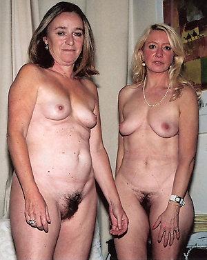 Sex pics of mature lesbians fucking