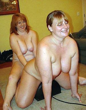 Amateur pics of mature lesbian women