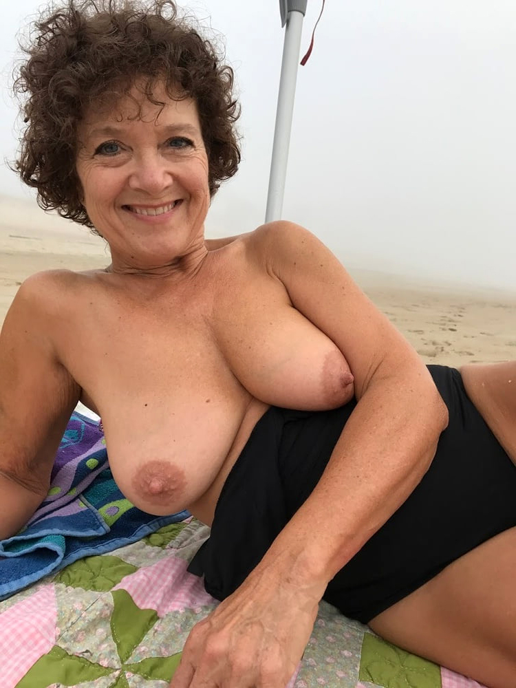Beautiful nude grandmothers sex quality pic