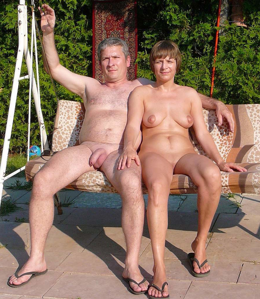 Nude old couple