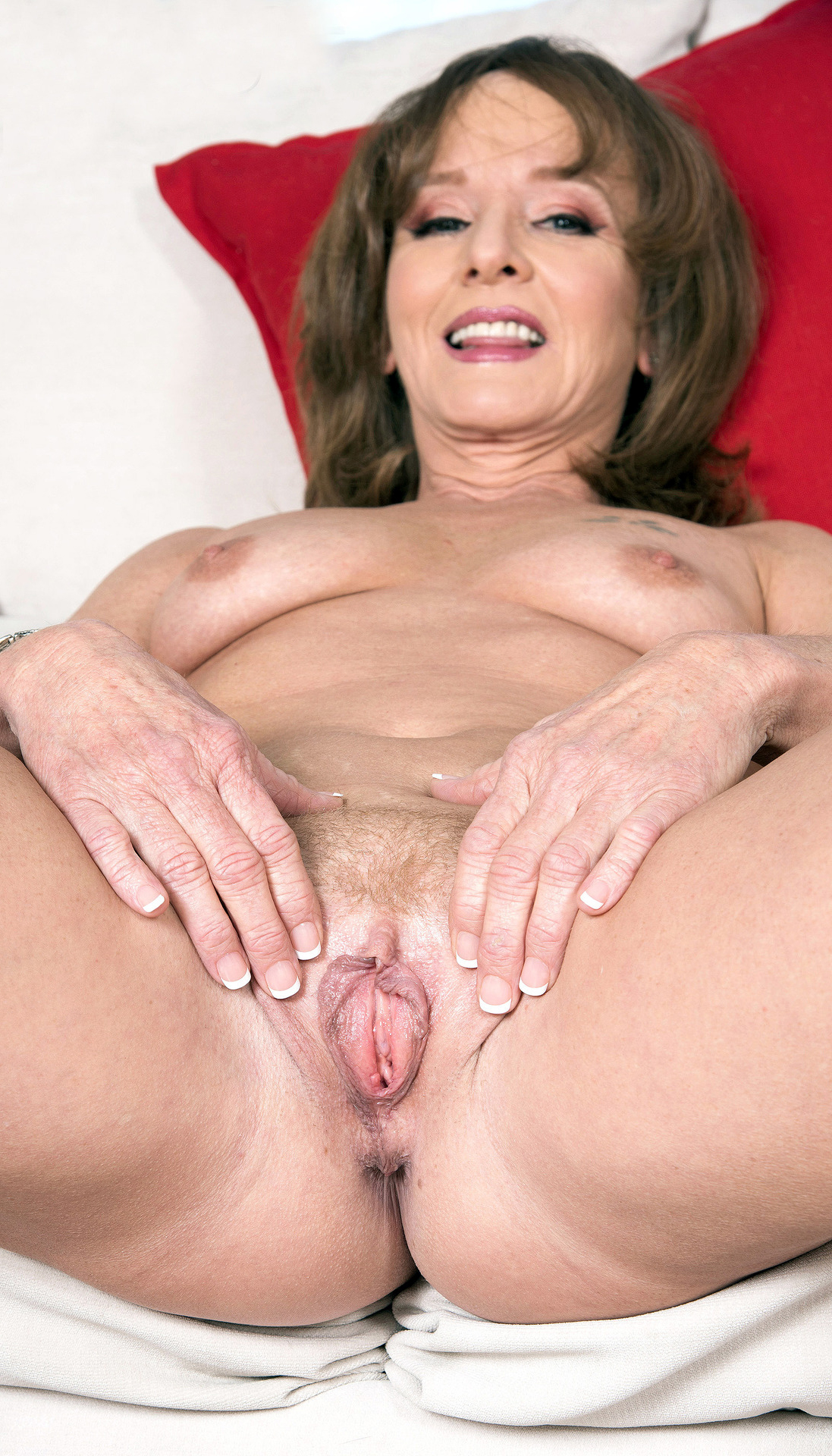 Mature Nude Pussy