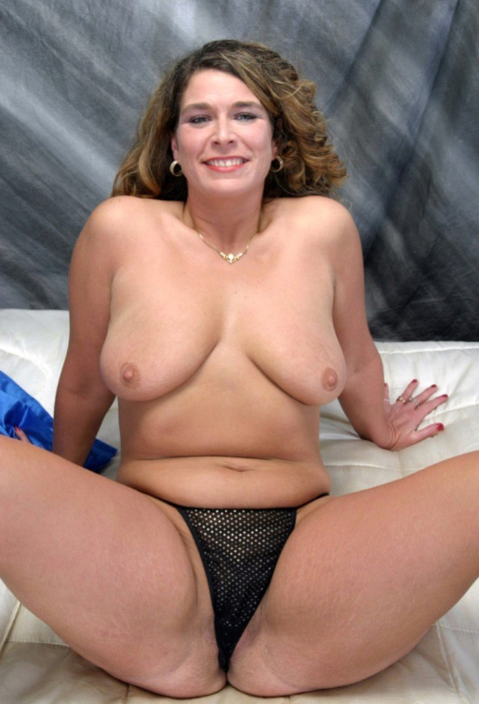 40 nude over MILF and