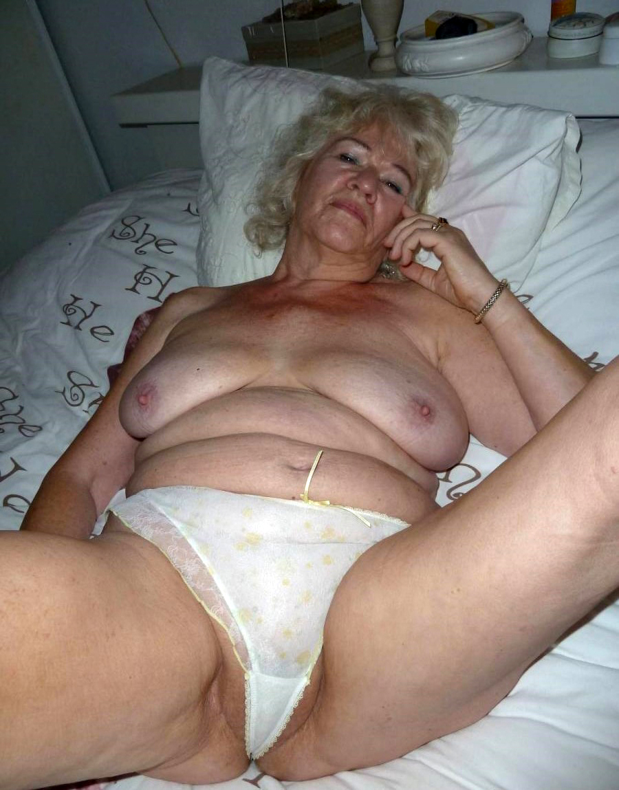 Old grannies nude