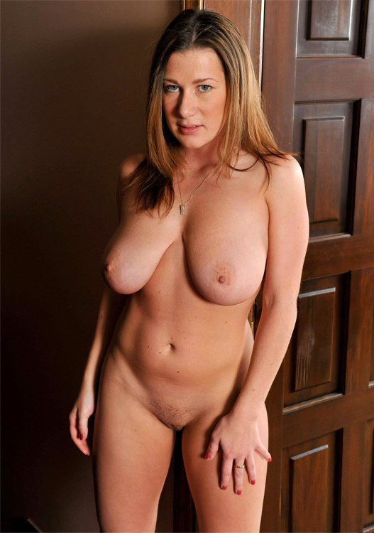 Busty milf pictures
