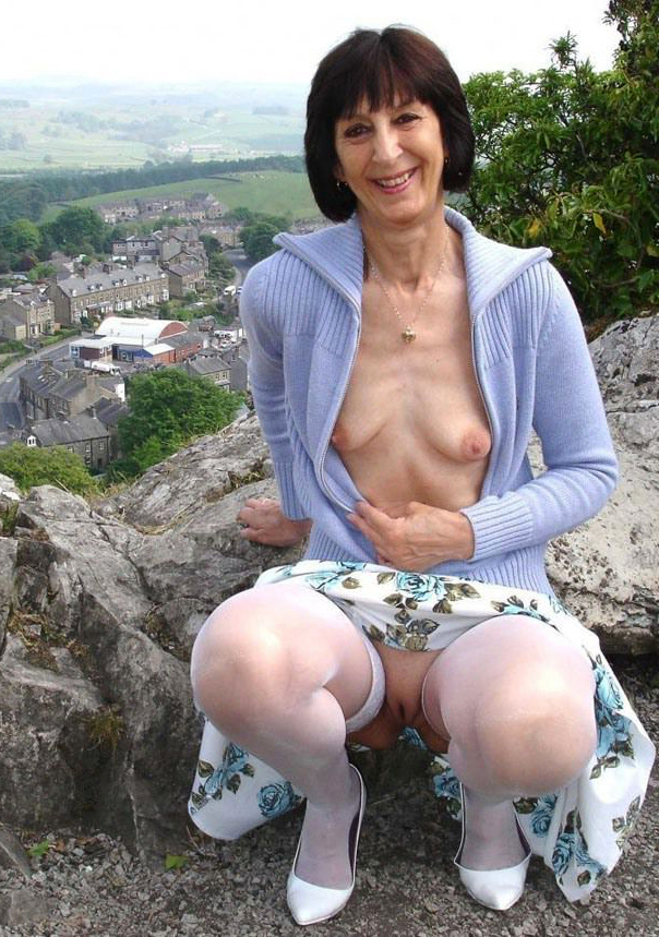Hot Milf Mom Small Tits