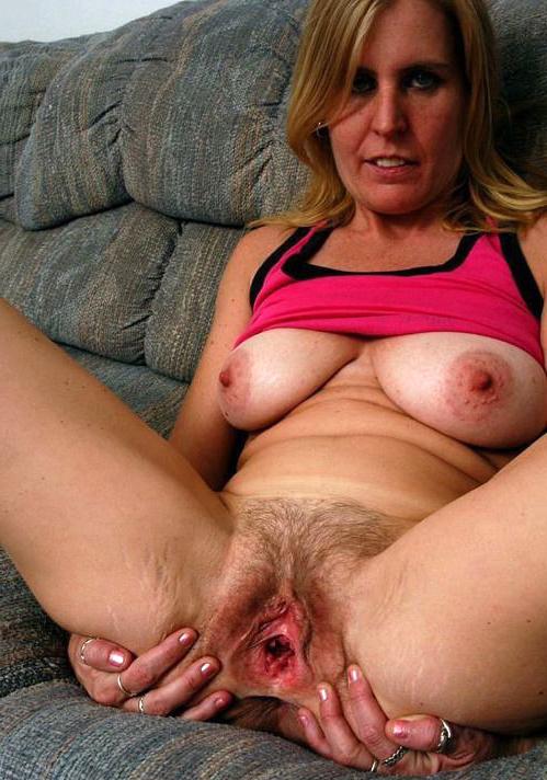 Mom hot nude Nude Sexy