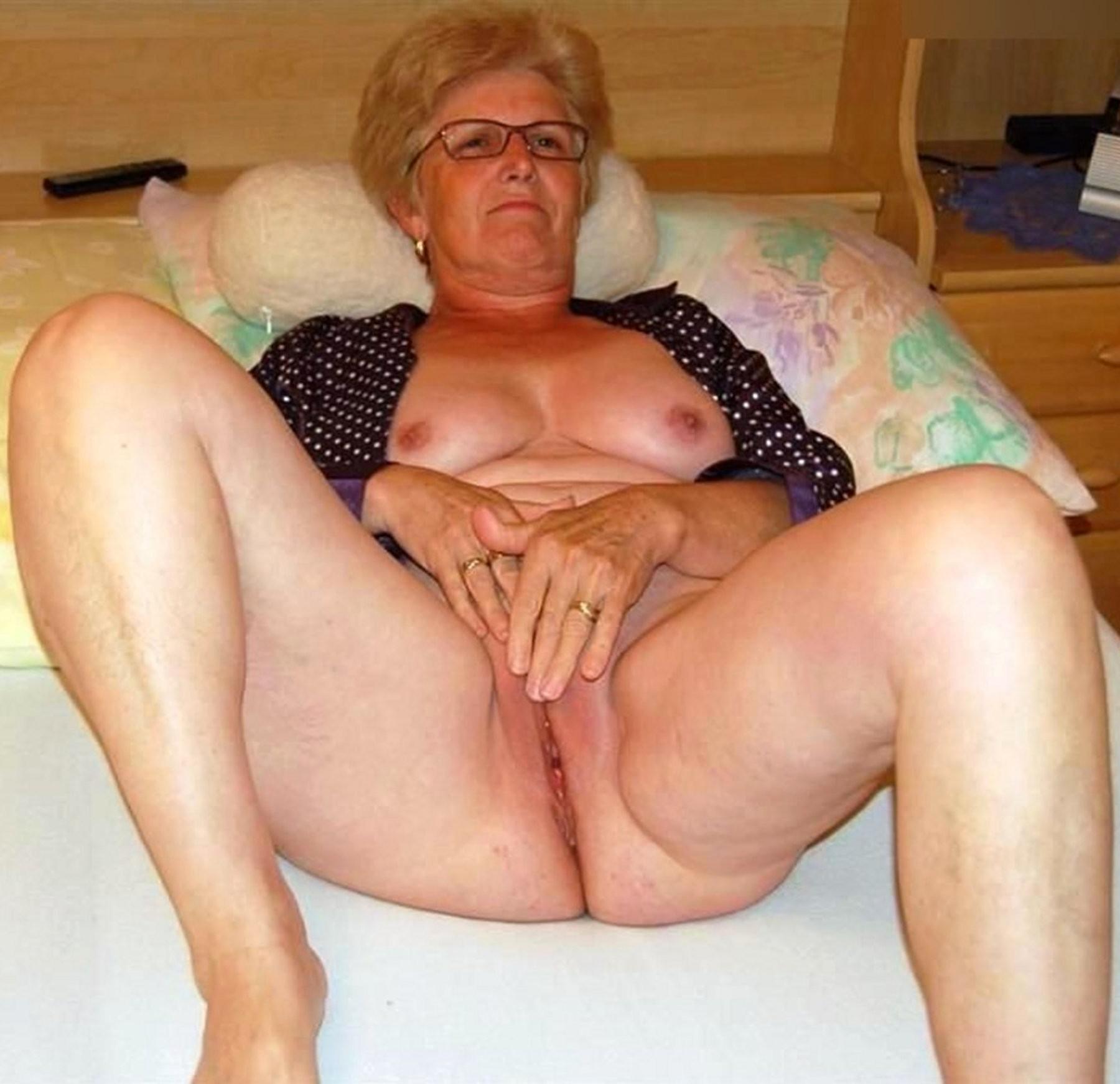 Xxx older lady